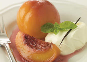 Poached Peaches with Amaretto Cream